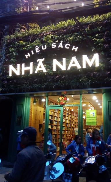 Nha Nam knihkupectví v Hai Phongu, Vietnam.